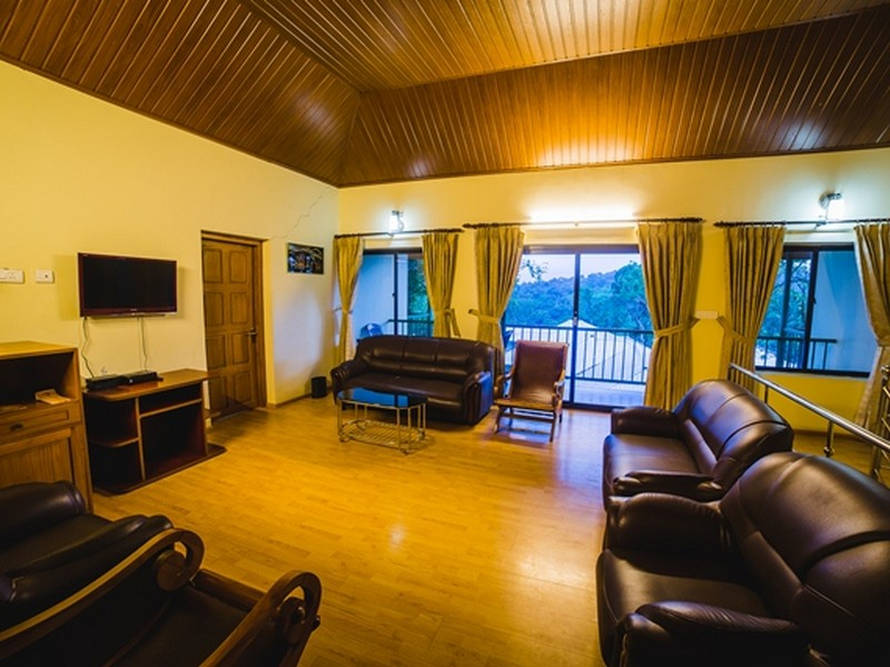 deep-woods-resort-munnar13-1538459760.jpg