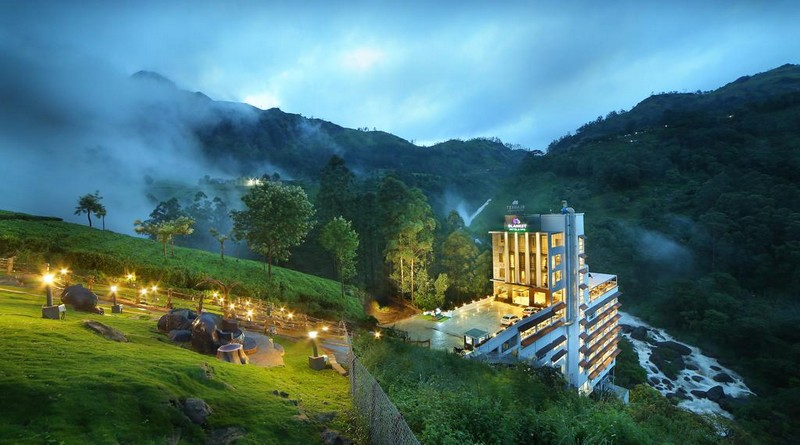 luxury-munnar-holiday